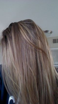 White blonde hilights! Love them(: