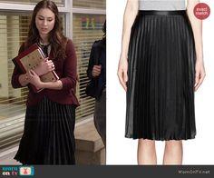Spencer's black pleated skirt on Pretty Little Liars.  Outfit Details: http://wornontv.net/46025/ #PLL