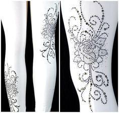 Plus Size Leggings Embellished Gothic Black Roses Design