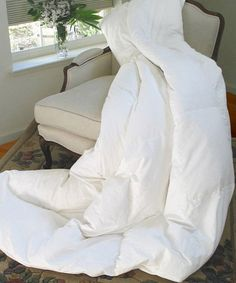This Silk-Filled Comforter by Natural Comfort is perfect! #zulilyfinds ($115) Queen; 100% Cotton cover with silk fill!