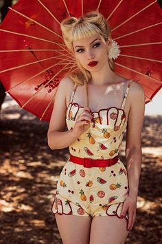 Rockabilly Fashion / Dress / Retro / Pin Up Girl / 50's / Woman / Photography // ? More at: https://www.pinterest.com/lDarkWonderland/ (Beauty Fashion Photoshoot)