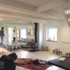 Behind the scenes of our first photoshoot! We're coming soon so stay tuned! #emerybloom #interior #interiör #inredning #inspiration #interiordesign #art #prints #photo #sneakpeek #comingsoon #behindthescenes #Sweden #Scandinavian #malmo #modern #dusk #9TO5 #wilderness #2015 #hem #home #heminteriör #nordic #design #decor #new #hus #artprints #newcollection #ShopifyPicks