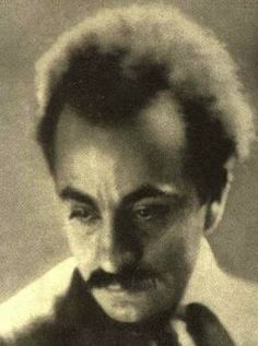 In New York City, Kahlil Gibran was Juliet's friend and neighbor and often spent time in her home.