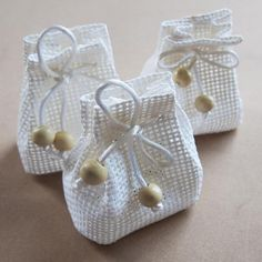 Crochet Gifts, Crochet Doilies, Favor Bags, Gift Bags, Burlap Bags, Lavender Bags, String Bag, Sewing Projects, Creations