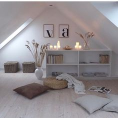 fr The post Cocoroca.fr appeared first on schlafzimmer ideen dachschrge – Cocoroca. Attic Renovation, Attic Remodel, Attic Rooms, Attic Spaces, Small Loft Spaces, Loft Room, First Home, New Room, Home And Living