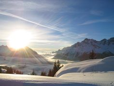 A pic I took while skiing in the French Alps. - Imgur