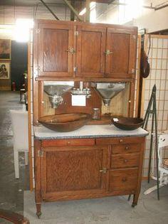 Hoosier Cabinets on Pinterest | Hoosier Cabinet, Vintage ...