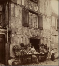 This picture was taken at the turn of the century in France – look at all those baskets!