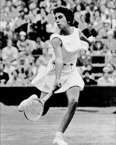 c3a56e5b Maria Bueno 🇧🇷 Winner of 19 Grand Slam titles including #AusOpen doubles  in 1960