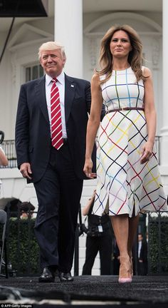 A poised and polished Melania Trump shared just how much she is loving her new life in the nation's capital in her first major interview since her husband was sworn into office back in January. Donald And Melania Trump, First Lady Melania Trump, Donald Trump, Ivanka Trump, Melania Knauss Trump, American First Ladies, Trump Is My President, Royal Fashion, Fashion Models
