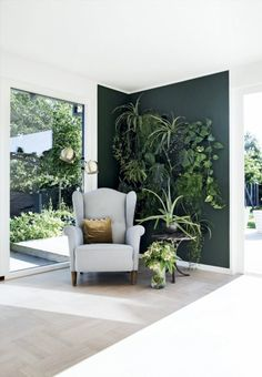 Beautiful Wall Painting Ideas That So Artsy. This post will give you 65 gorgeous wall painting ideas that so artsy. You aren t limited to light neutral colors in your tiny home when you know how to choose the right paint colors. Interior Walls, Interior Design, Interior Garden, Interior Plants, Cafe Interior, Color Of The Year 2017, Decor Scandinavian, Living Room Green, Green Rooms