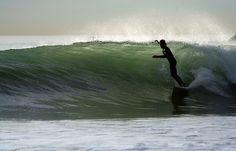 kendradaycrockett:  surfing by sosidesc on Flickr.Surfing…