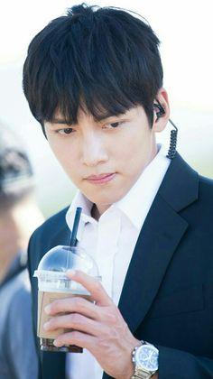 BM] ❤❤ 지 창 욱 Ji Chang Wook ♡♡ that handsome and sexy look . Asian Actors, Korean Actors, Yoona Ji Chang Wook, The K2 Korean Drama, Dramas, Mark Bambam, Ji Chan Wook, Park Hyung, Thai Drama