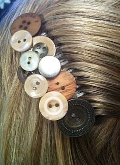 Comb those buttons