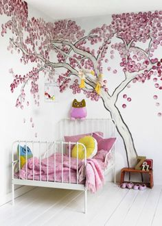 Love! Even has a real branch coming out of the wall!