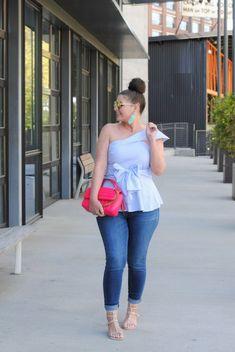 Spring Fashion: Put a Bow on It – Daily Fashion Tips Vogue Fashion, Curvy Fashion, Modest Fashion, Urban Fashion, Girl Fashion, Fashion Outfits, Young Fashion, 80s Fashion, Denim Fashion