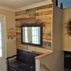 pallet entrance wall