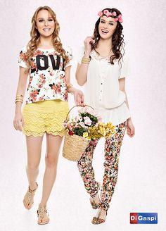 Spring Summer 2015 Razão com Sensibilidade Collection | woman | flower pants |  lace | t-shirt | flower headband | calça florida | blusa feminina | sapatilha | rasteirinha