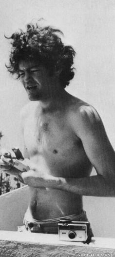 Yes please! ;-) <3 ... Micky Dolenz (The Monkees)