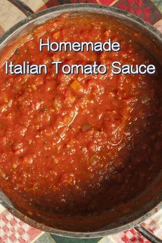 Who doesn't love a great tomato sauce, especially when it's full of authentic Italian flavors? We're crazy about this sauce recipe because it's not only delicious, but it cooks up super fast. Don't get us sauce recipes Quick Homemade Italian Tomato Sauce Pasta Sauce Recipes, Soup Recipes, Cooking Recipes, Lasagna Sauce Recipe, Cooking Sauces, Quick Recipes, Sauce Hollandaise Leicht, Spagetti Sauce, Skinny Recipes