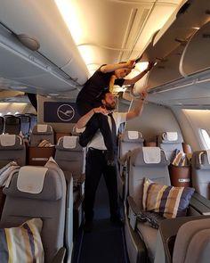 From @flying_vanessa Was sind die wichtigsten zwei Dinge an Board? Richtig! Sicherheit und Teamwork  Und das haben @_cloudsurfing_  und ich hier wohl prima umgesetzt  #lufthansa #lufthansaa380 #lufthansa_fly #lufthansacrew #lufthansalovers #lufthansacabincrew #lufthansaflugbegleiter  #cabin #cabinfun #cabincrew #cabinlife #cabinlove #cabincrewproblems #crew #crew #crewfie #crewlove #crewlife #crewgoals #crewmember #crewlife #crewview #crewstyle #crewiser #jumpseatcrew #teamwork #team #miami…