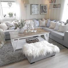 Fabulous Living Room Arrangement Ideas - Home Decoor Master Romantic Living Room, Living Room Grey, Home Living Room, Apartment Living, Living Room Furniture, Home Furniture, Living Room Decor, Wooden Furniture, Danish Furniture