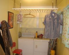 Crib Rail: Repurposed an old crib to replace the drying rack that was taking up valuable up floor space. Old Baby Cribs, Old Cribs, Baby Beds, Repurposed Items, Repurposed Furniture, Home Furniture, Furniture Design, Antique Furniture, Furniture Ideas