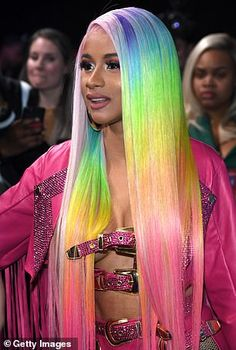 Cardi B stole the show with a risque pink leather ensemble and rainbow hair at the Bud Light Super Bowl Music Fest on Saturday night. The beauty was unmissable. Cardi B Hairstyles, Messy Bob Hairstyles, Baddie Hairstyles, Cardi B Birthday, Photos Des Stars, Cardi B Photos, Rainbow Wig, Bollywood, Trending Photos