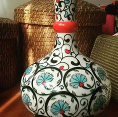༺JS༻ Ceramic Plates, Ceramic Pottery, Pottery Art, Turkish Tiles, Tile Art, Porcelain Tile, Islamic Art, Colored Glass, Twine