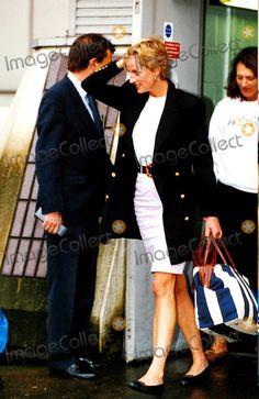 Princess Diana Returns From Nevis. Heathrow Airport, London. Photo: Dave Parker-alpha-Globe Photos Inc 1993