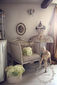 Im Moment haben mich meine Vintage Hochzeiten und Gartenarbeiten voll im Griff,Wobei mir die Hochzeiten und das Shooting so viel Freude b...