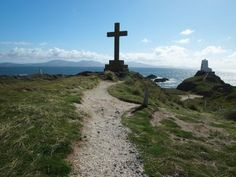 Heading to North Wales this summer? Check out our guide to 7 Days in Anglesey to ensure you see all the best sites!
