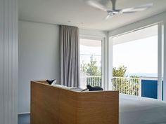 Beach House on Stilts by Luigi Rosselli Architects (15)