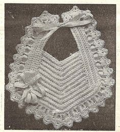 Grey Bungalow: Crochet - a Bib from 1915 Crochet Baby Bibs, Crochet Baby Clothes, Love Crochet, Crochet For Kids, Vintage Crochet, Baby Knitting, Knit Crochet, Crochet Motifs, Crochet Stitches
