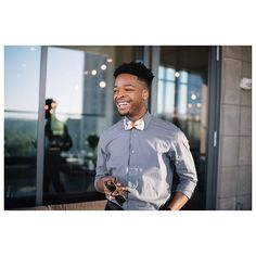 Had to repost because Ty is the best If you know me you know I love wearing ties. Check out Tys Dapper with Knotzland post at mdrngntlmn . Fashion Studio, Outfit Posts, Picture Photo, Dapper, Your Photos, Fashion Photography, Men Casual, Menswear, Photoshoot