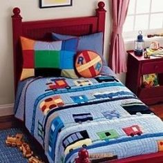 Need to find this bedding set. So cute