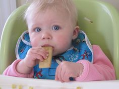 Chew on This: 9 Homemade Teething Biscuit Recipes – Ashley Siggins – Homemade baby foods Baby Teething Biscuits, Teething Cookies, Baby Cookies, Baby Rusk Recipe, Baby Biscuit Recipe, Vegetables For Babies, Baby Cereal, Homemade Baby Foods, Cooking With Kids