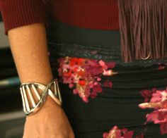 DNA cuff bracelet... this really makes the scientist in me smile