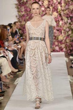 Oscar de la Renta ready-to-wear spring/summer '15 gallery - Vogue Australia