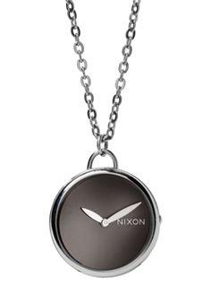 Nixon's spree pendant