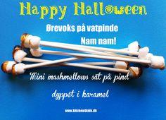 Happy Halloween  Earwax swabs made of mashmellows and caramel - Mmmmmm..... ;-)