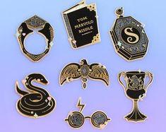 Items similar to Set of 7 Pokémon handcrafted Pokeball Perler bead pins on Etsy Bratz Girls, Pin Card, Harry Potter Fan Art, Perler Patterns, Hard Enamel Pin, Metal Pins, Perler Beads, Fashion Accessories, Unique Jewelry