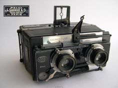 Antique Cameras, Old Cameras, Vintage Cameras, Stereo Camera, Movie Camera, History Of Photography, Photography 101, Video Camera, Camera Lens