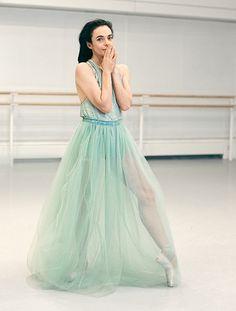 Royal Ballet's leading lady returns at 52 - Telegraph. #Ballet_beautie #sur_les_pointes *Ballet_beautie, sur les pointes !*