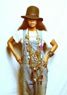 """Erykah Badu  """"AfroPunk"""" style vibe."""