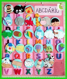 òtima ideia para organizar em sala de aula.  ABCDÁRIO DIVERTIDO!  Com certeza irá ajudar muito a criança na identificação das letras.      ...