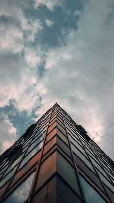 Minimal Photography, Urban Photography, Street Photography, Building Photography, New Backgrounds, Aesthetic Backgrounds, Aesthetic Wallpapers, Building Aesthetic, City Aesthetic
