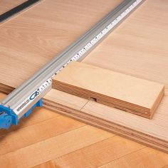 Top Straightedge Guide Tips   Woodsmith Tips