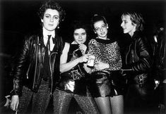 (12) Home / Twitter Girls Fur Jacket, Rain Jacket Women, Raincoats For Women, Punk Rock Festival, British Punk, Typical Girl, North Face Rain Jacket
