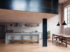 Te gekke industriële loft in oud Londens pakhuis - Roomed | roomed.nl